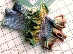 Dragon Paws knit in Taiyo